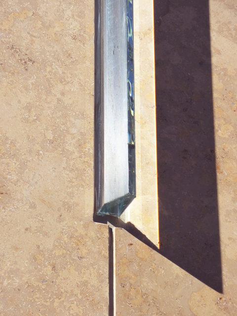 外壁のプリズムガラス3