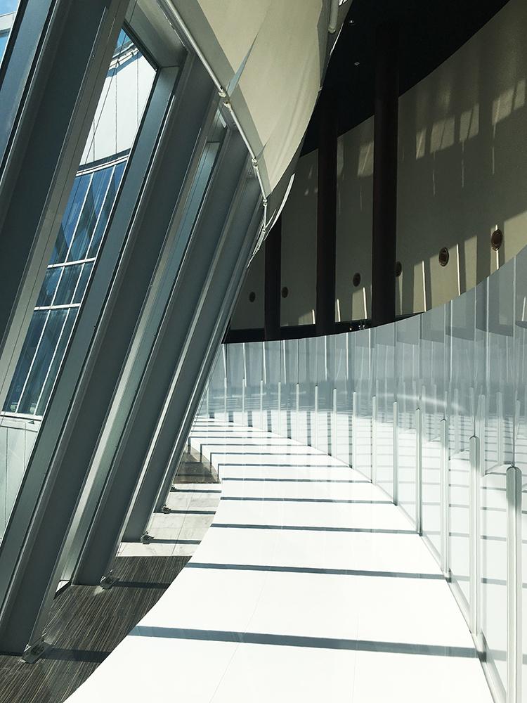 梅田スカイビル 空中庭園 空中クレーター